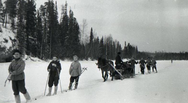Gli studenti in viaggio verso il monte Otorten