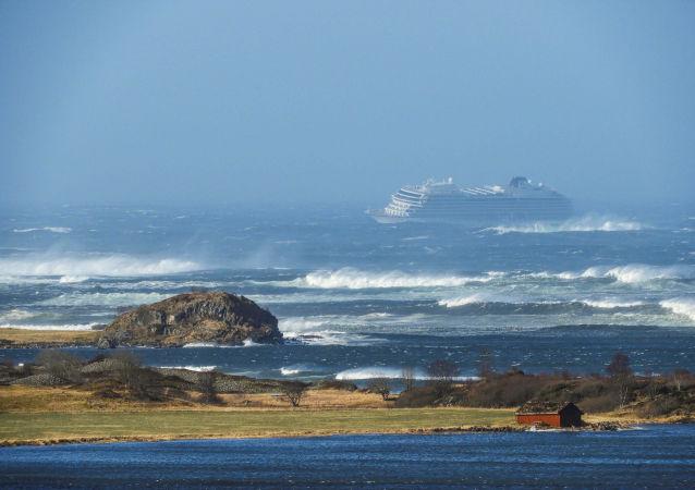 La nave da crociera Viking Sky