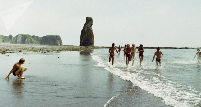 Isola Kunashir, 1985 - costa sud dirimpettaia al Giappone