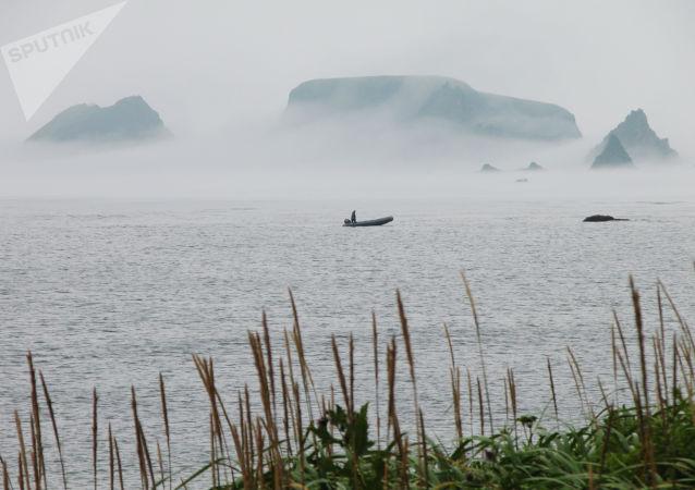 Isole Curili, 2004