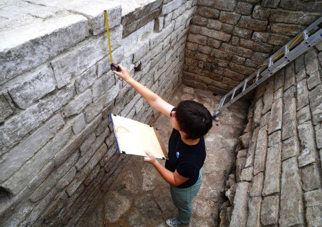 Gli scavi archeologici sul territorio del Cremlino di Mosca