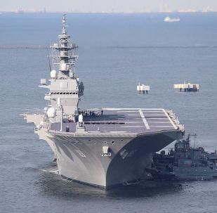 Izumo - cacciatorpediniere/portaerei