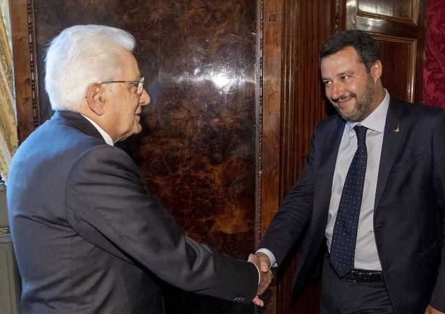 Salvini da Mattarella per le consultazioni