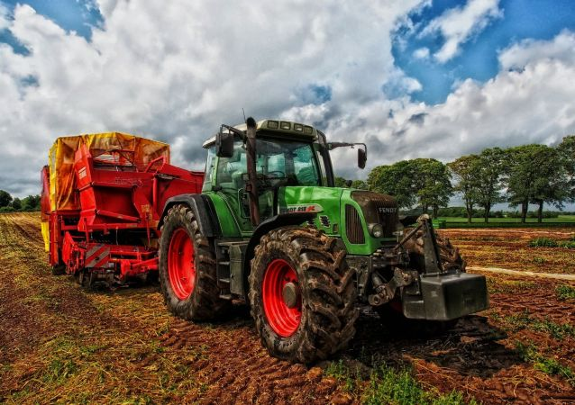 Tractor Grain Mixer Denmark
