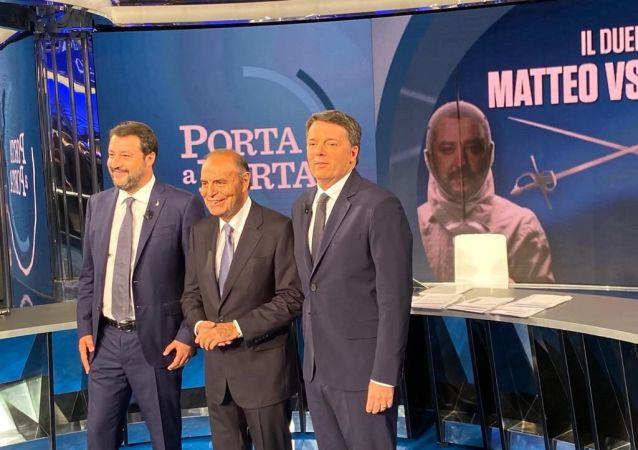 Scintille tra Renzi e Salvini nel duello da Vespa