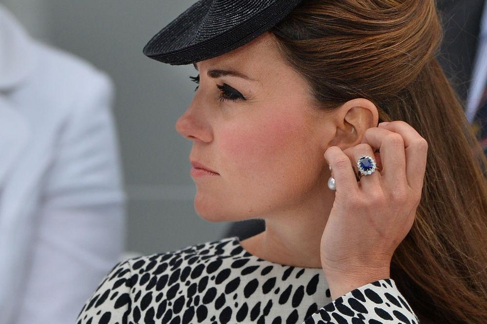 L'anello della principessa Diana indossato da Kate Middleton