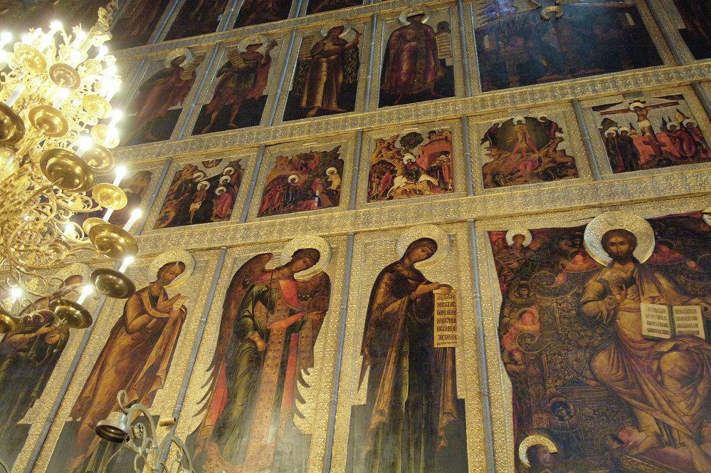 L'iconostasi della Cattedrale dell'Assunzione.
