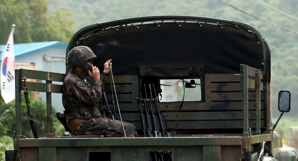 Militare sudcoreano al confine con Corea del Nord