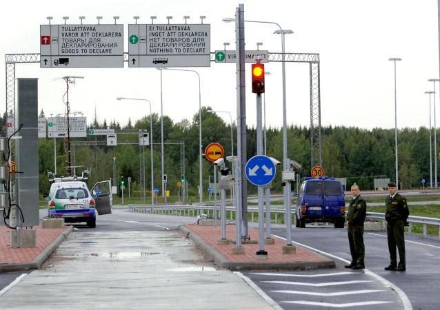 """""""La detenzione del cittadino russo alla frontiera al momento della partenza dalla Finlandia verso la Russia e` illegale, cosi dichiara il Ministero degli Esteri russo"""