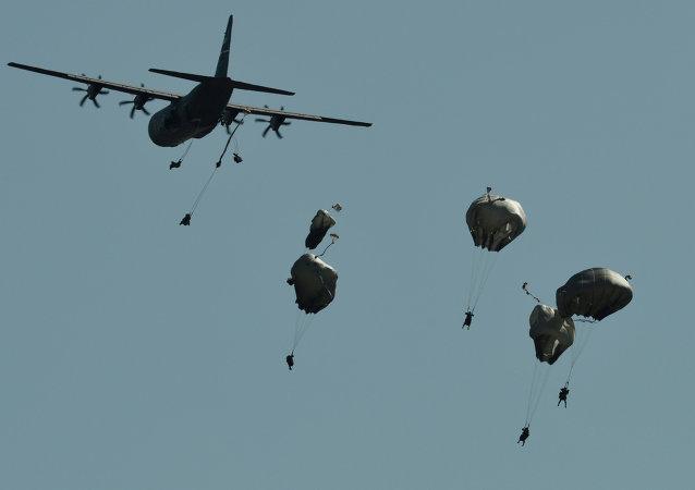 I paracadutosti di Swift Response