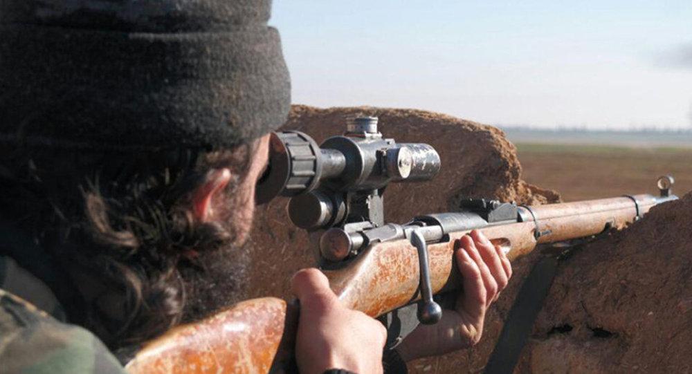 Il militante jihadista dello Stato Islamico