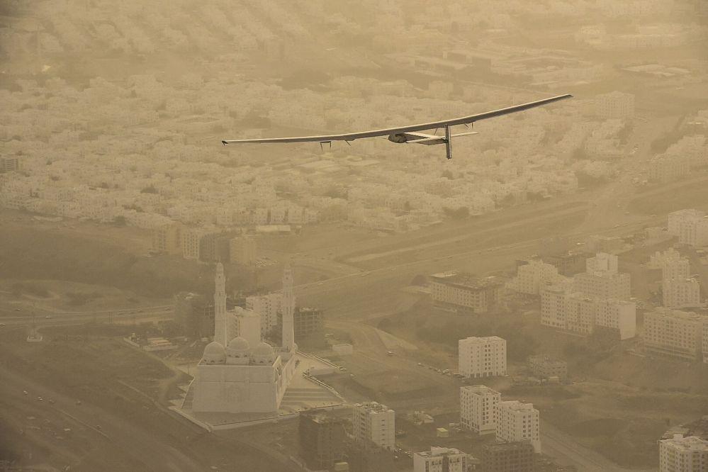 Il volo del primo aeroplano a energia solare, Solar-Impulse 2.