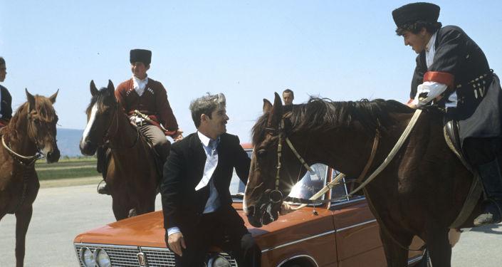 Una Zhiguli sulle strade di montagna del Dagestan