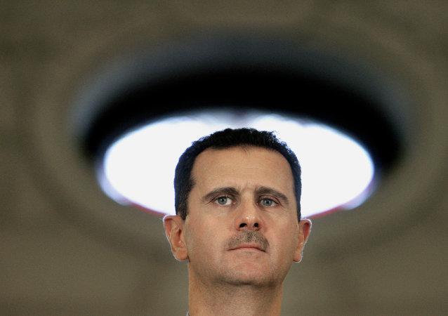 Con la visita a sorpresa di Bashar el Assad a Mosca l'iniziativa militare della Russia si converte e si duplica in iniziativa diplomatica.