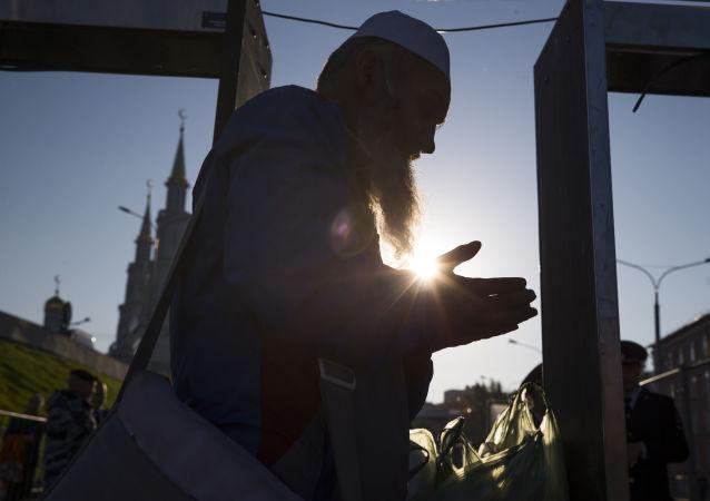 In visita alla moschea più grande d'Europa