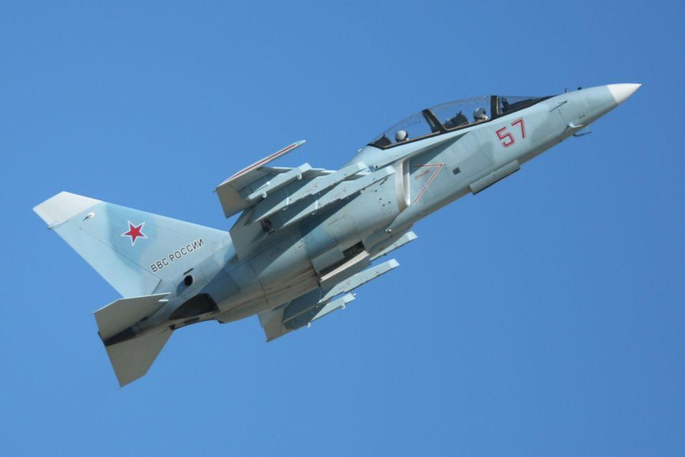 Spettacolo nei cieli con i Cavalieri Russi