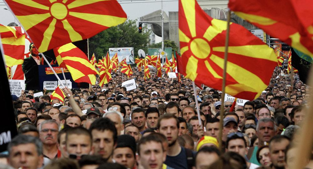 Macedonia: completato sgombero parlamento, polizia presidia