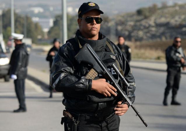Gli ostaggi italiani nel mirino dei terroristi il Museo del Bardo in Tunisi.Iniziato l'intervento delle forze speciali dell'esercito