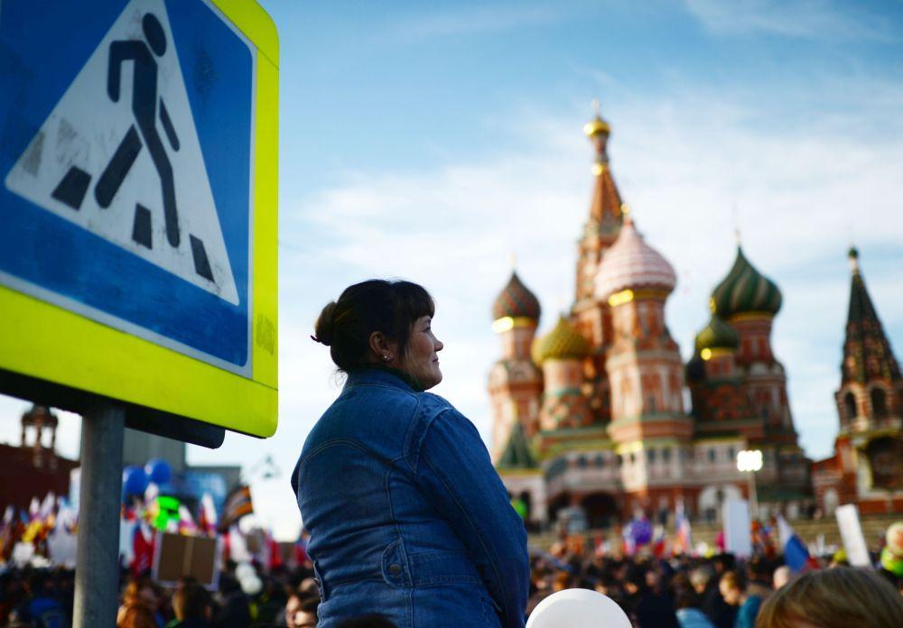 Partecipante al concerto-comizio dedicato al primo anniversario dell'adesione della Crimea alla Russia.