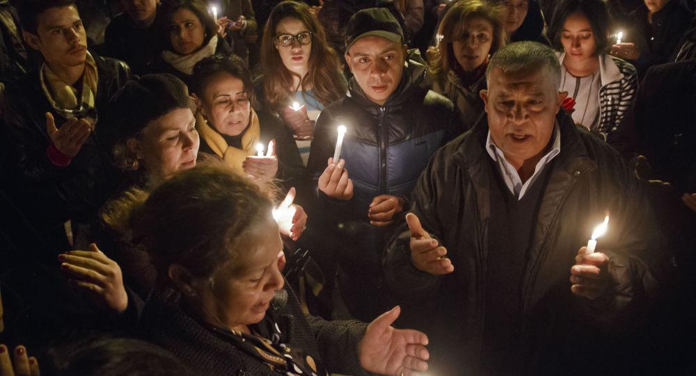 I tunisini sono vicini alle vittime dell`attacco terrorisrico nel Museo del Bardo