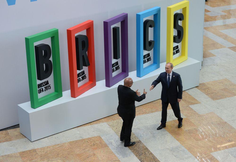 Vladimir Putin in un anno di foto