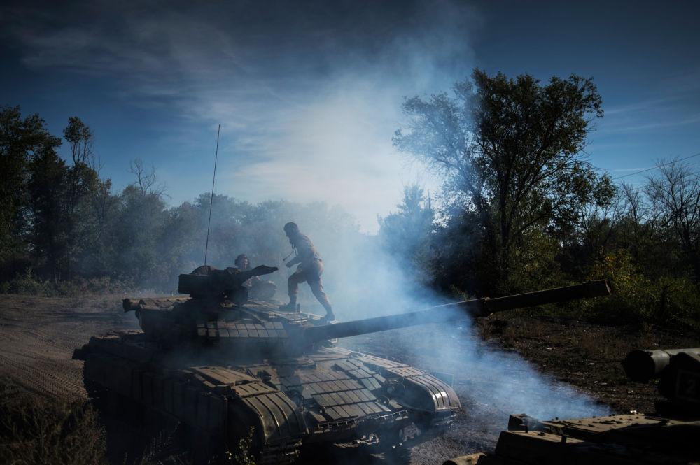 Il ritiro delle armi in Repubblica popolare di Lugansk.