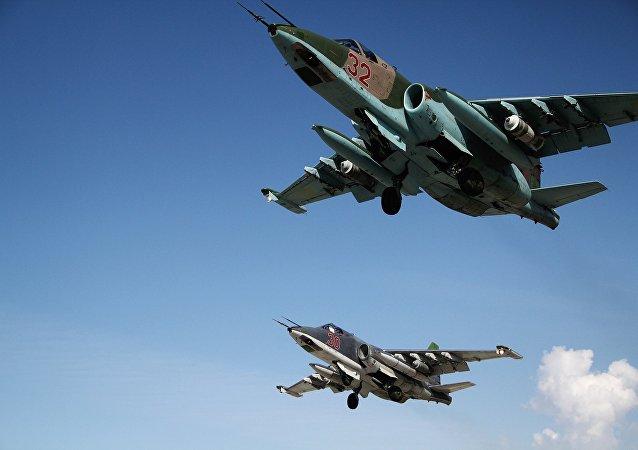 Caccia russi a Latakia - Siria (foto esclusiva di Sputnik)