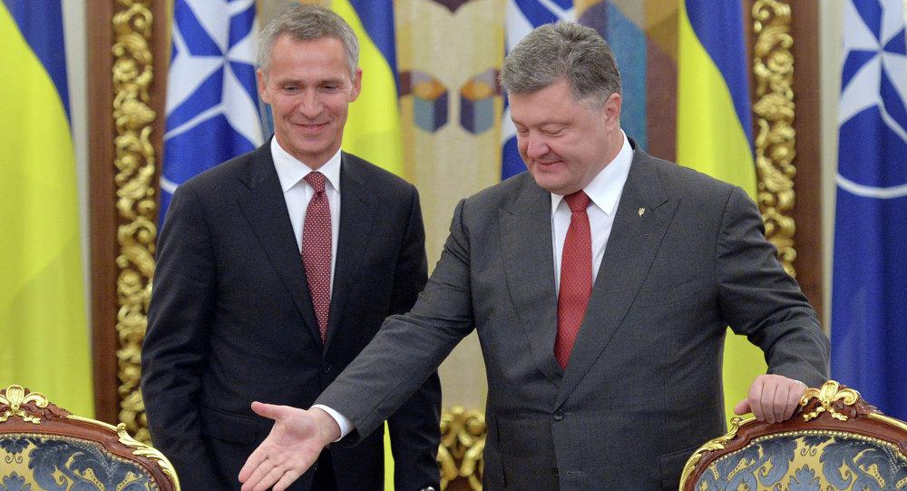 Ucraina e NATO: incontro tra Stoltenberg e Poroshenko (foto d'archivio)