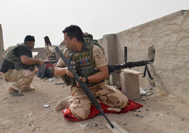 Esercito iracheno contro ISIS (foto d'archivio)