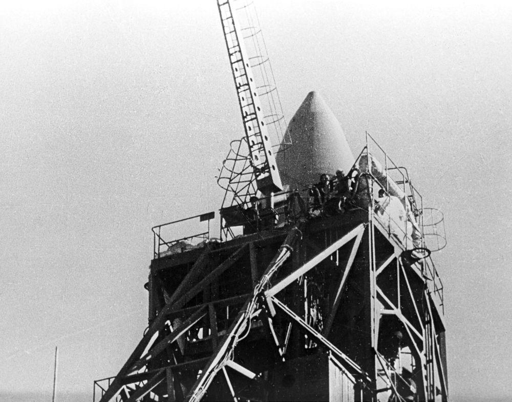 La navicella Voskhod 2 in rampa di lancio.
