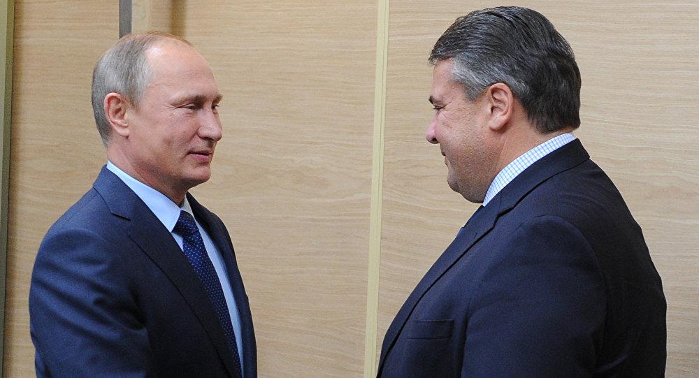 Incontro tra Vladimir Putin e Sigmar Gabriel