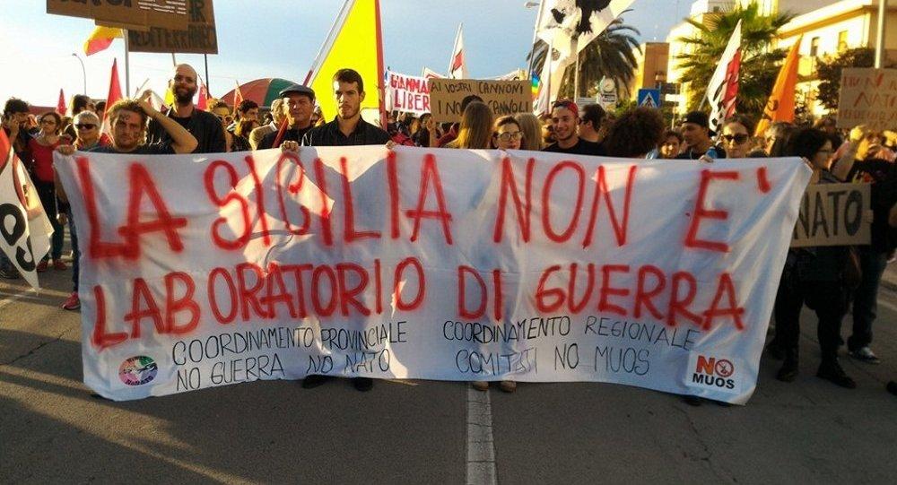 Manifestazione No guerra No Nato