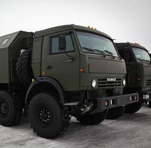 Camion russi KamAZ-63501