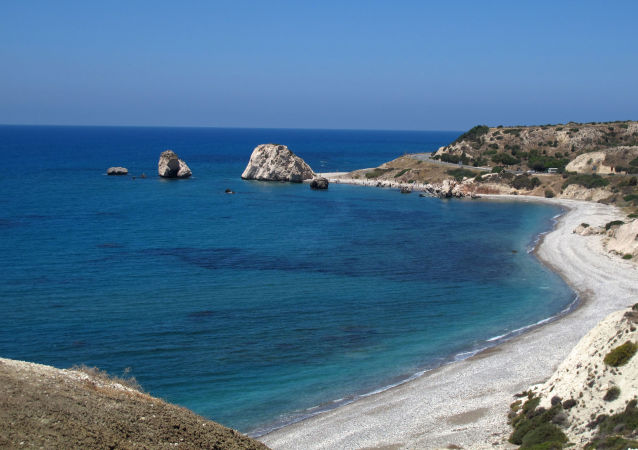 Un golfo del Mar Mediterraneo nei pressi del Cipro