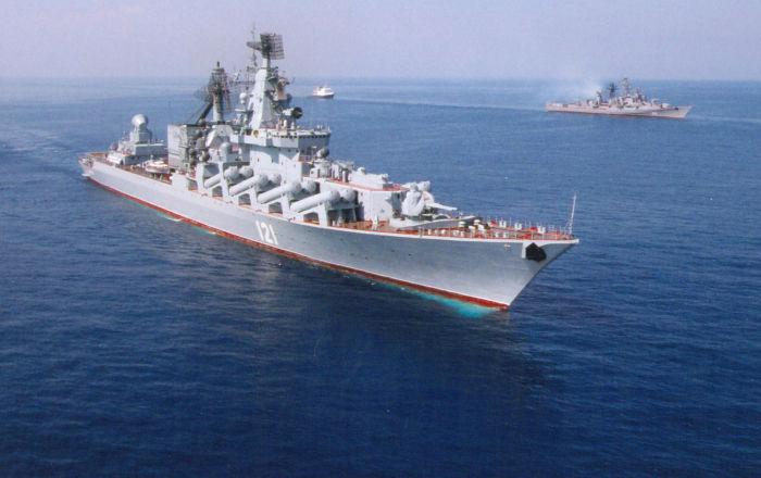 L 39 incrociatore missilistico maresciallo ustinov nel mare for Riparazione della cabina di log
