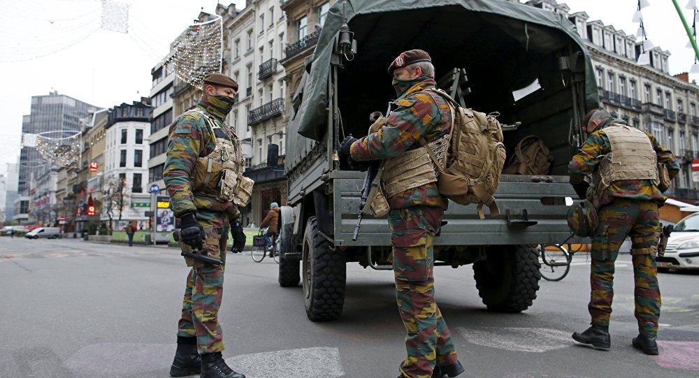 Militari a Bruxelles