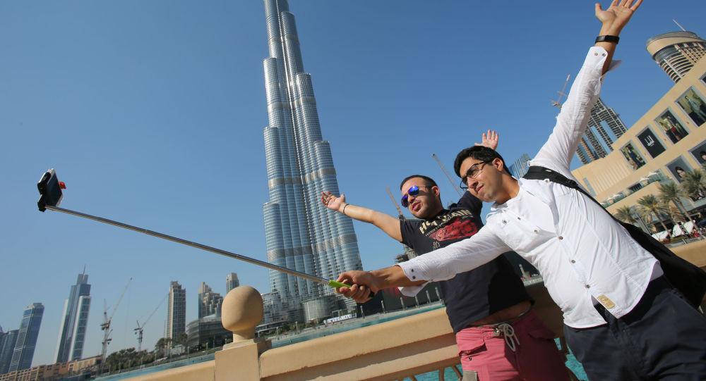 Turisti a Dubai