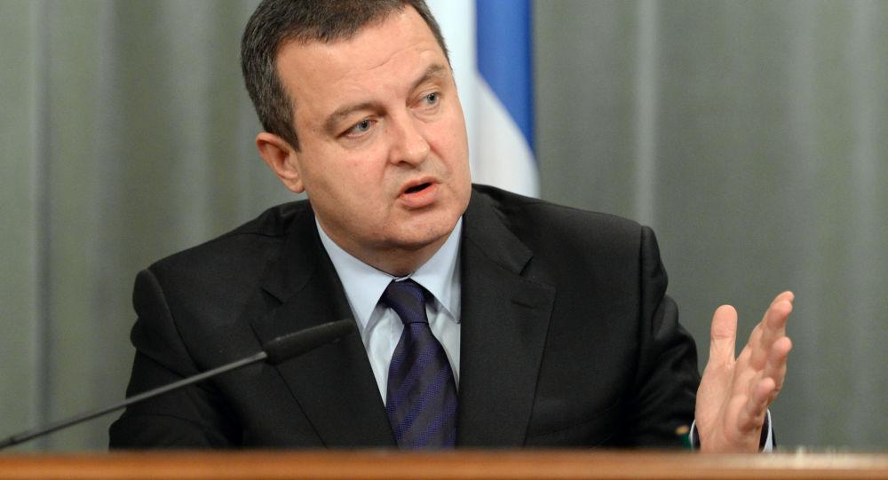 Ivica Dacic, vice premier e ministro degli Esteri serbo (foto d'archivio)