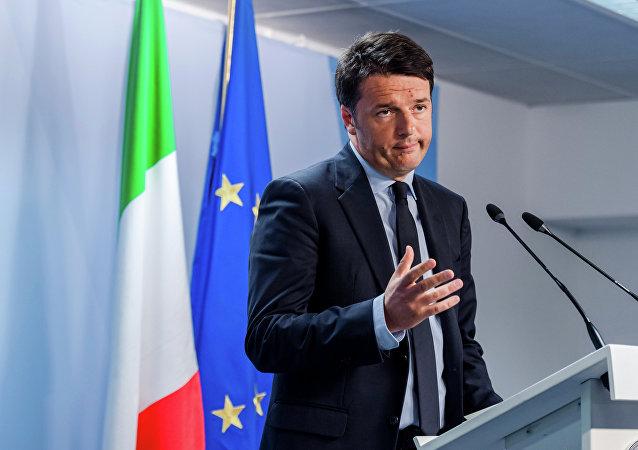 Il premier italiano Matteo Renzi al summit UE.