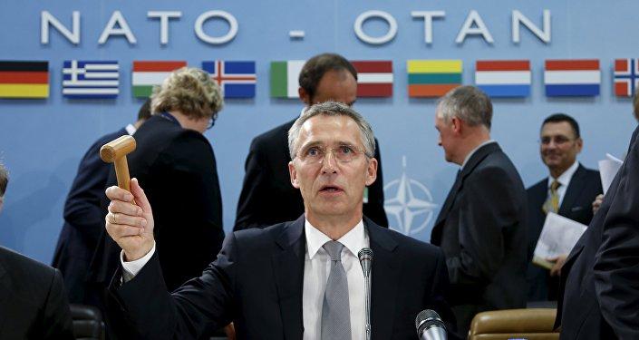 Obama, Trump non ceda a Russia su regole