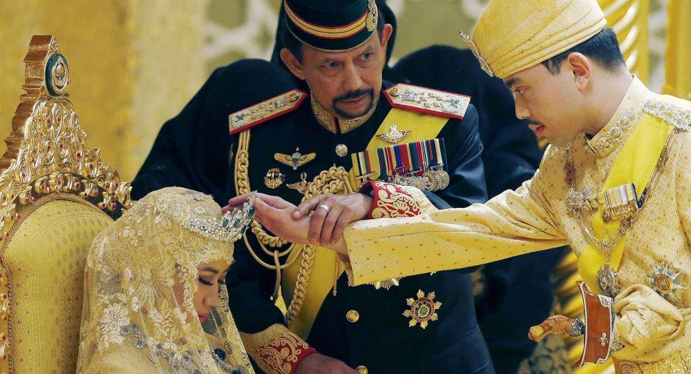 Il sultano del Brunei Hassanal Bolkiah