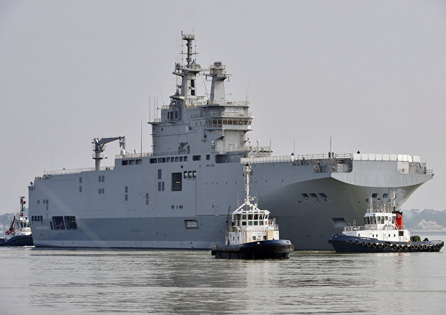 Sevastopol mistral warship on its way for its first sea trials off Saint-Nazaire, northwestern France