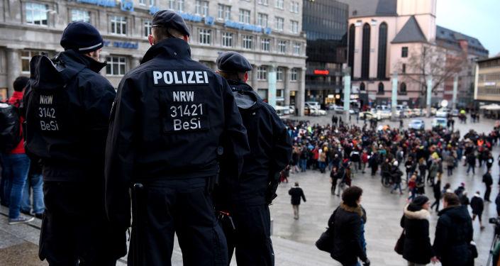 Polizia nel centro di Colonia