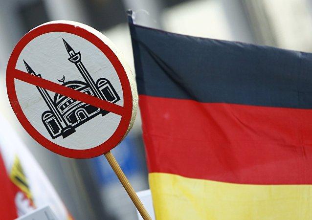 Manifestazione di PEGIDA a Colonia