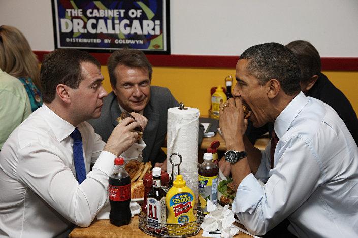 24 giugno 2010, colazione di lavoro informale tra Obama e Medvedev