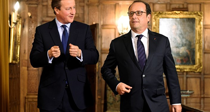Francois Hollande e David Cameron