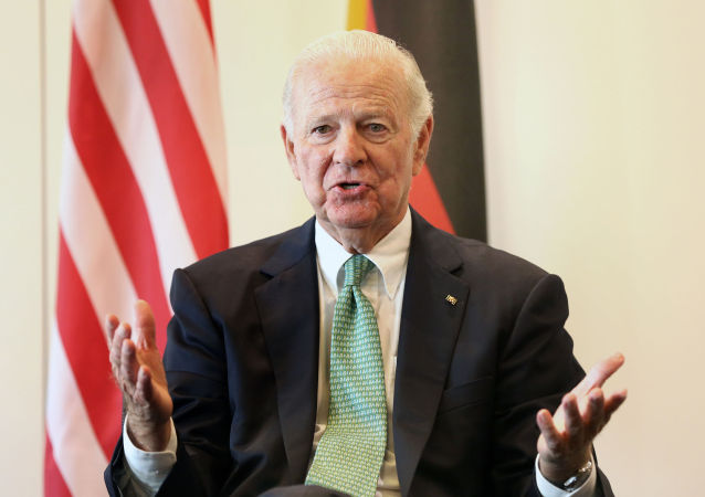 James Baker, ex Segretario di Stato USA