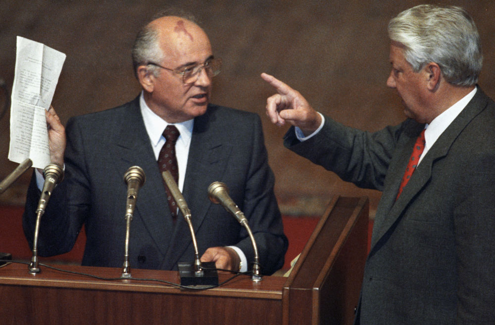 Mikhail Gorbaciov e Boris Eltsin.