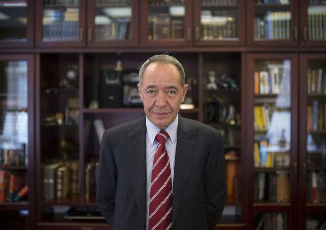 Mikhail Lesin (foto d'archivio)