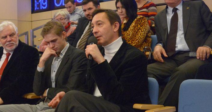 """Oleg Yuriev, membro del club Zinoviev MIA """"Rossiya Segodnya""""."""